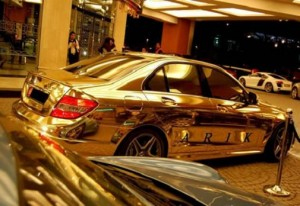 Золотой Lexus