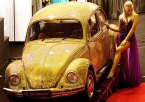 Золотой Volkswagen