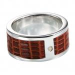 Серебряное кольцо с бриллиантом