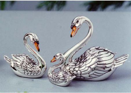 Статуэтки Лебеди из серебра на GiftButik.ru