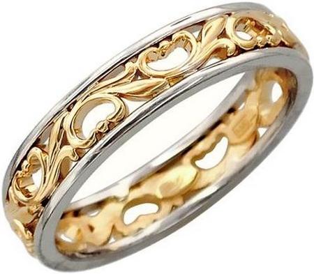 Обручальное кольцо из золота с цветочными узорами