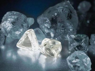Полупрозрачные камни