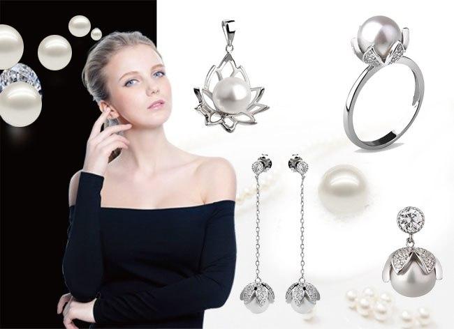 Серебряные украшения с жемчугом.